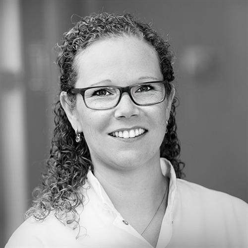 Natasja van Vechel, tandartsassistente